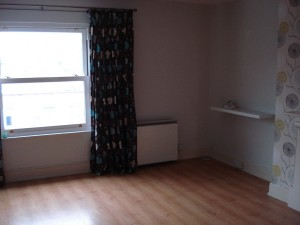 This room just isn't being shown to its full potential - scroll down to see how fabulous it can look!