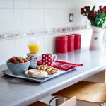 A gorgeous colour-themed breakfast vignette